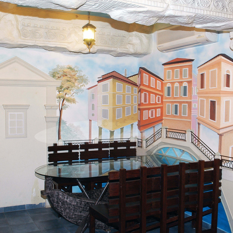 Roman-Venice 4.jpg