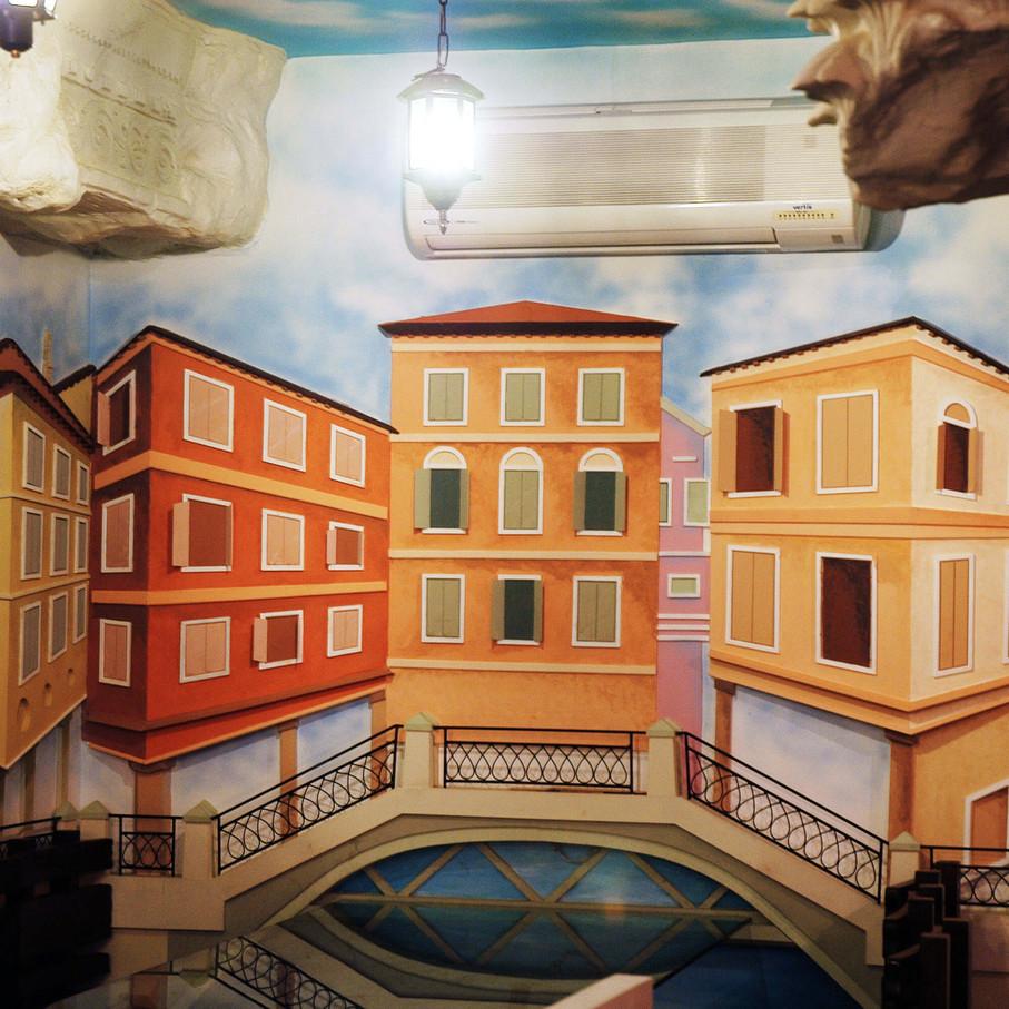 Roman-Venice 3.jpg