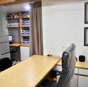 Devangi & Shalin Pandya's Clinic + Office