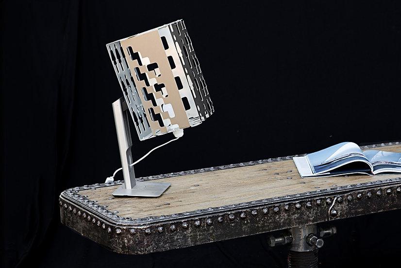 Lampe aluminium oreintable sur pied