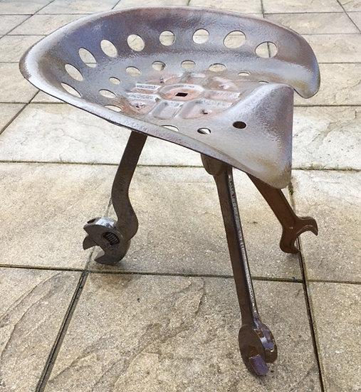 petit siège métal recyclé
