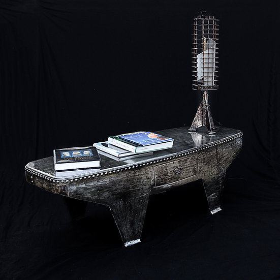 Table basse métal riveté  recyclé