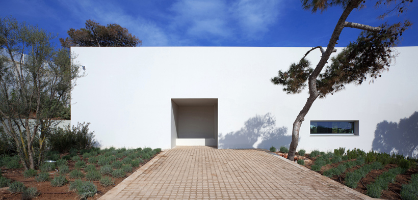 House A_Main entrance