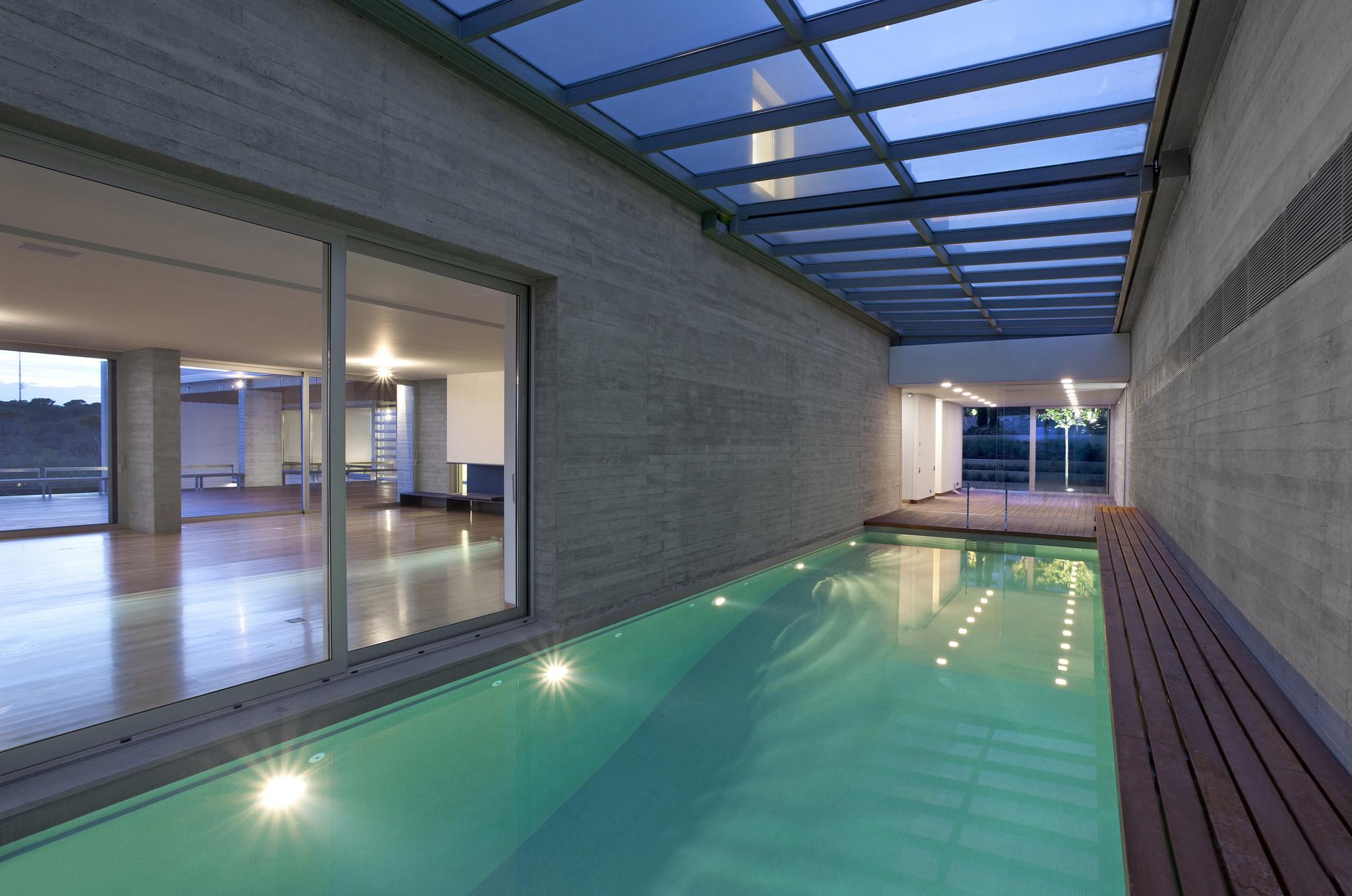 House B_Swimming pool
