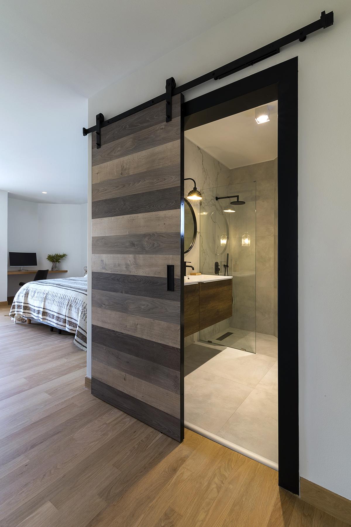 Μάστερ υπνοδωμάτιο & λουτρό