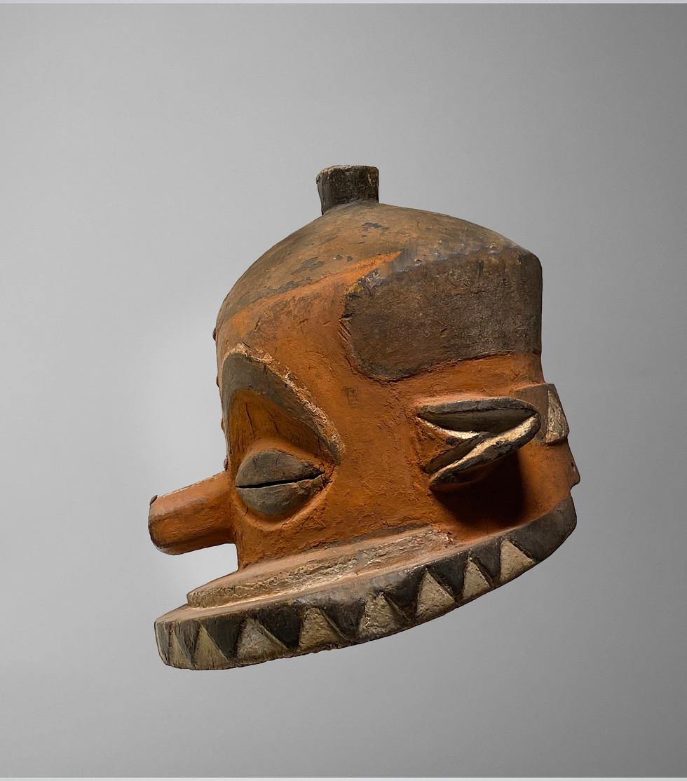 Pende Helmet 3