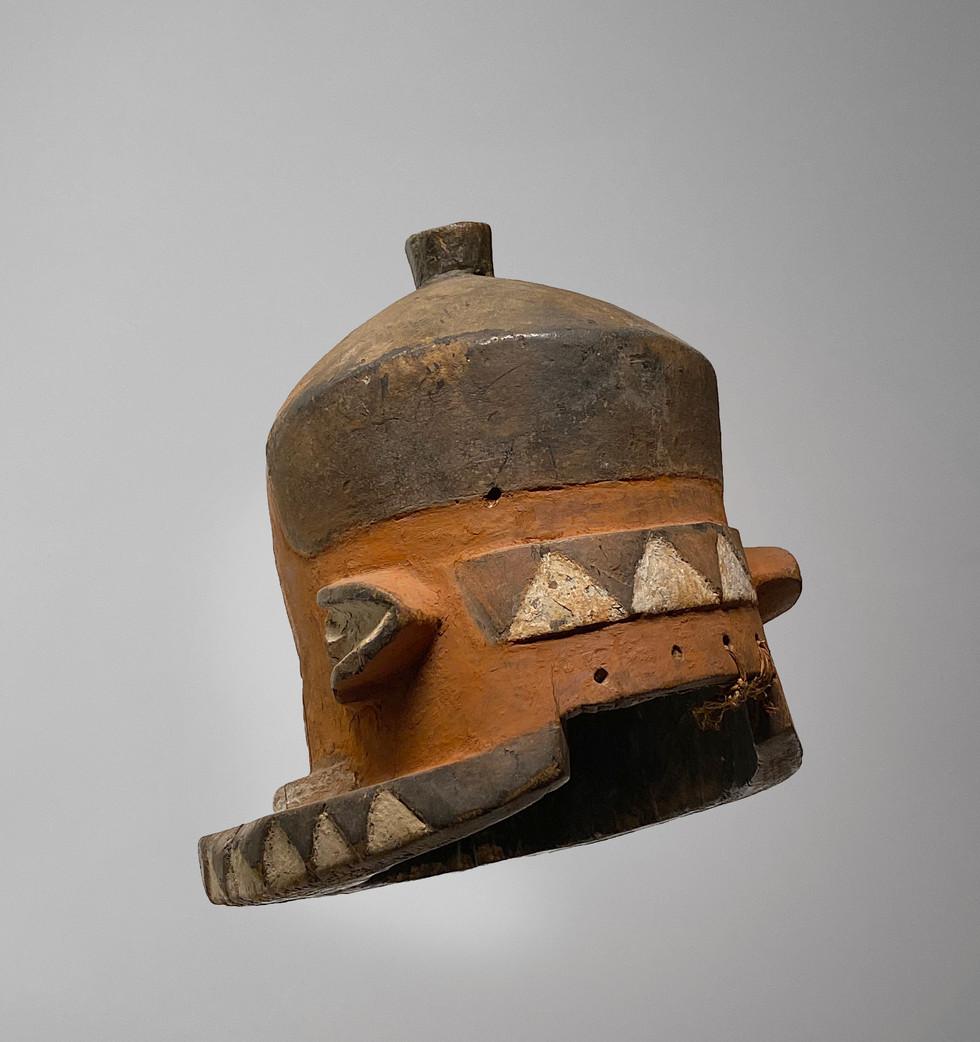 Pende Helmet 4