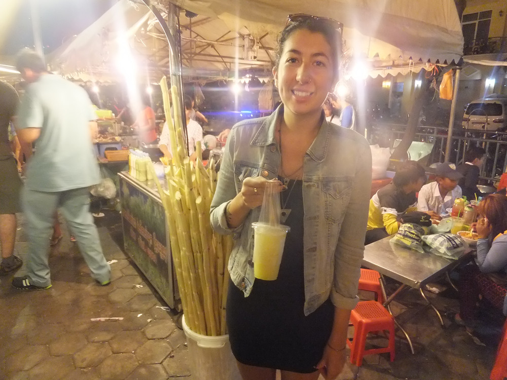 sugar cane juice at phnom penh night market