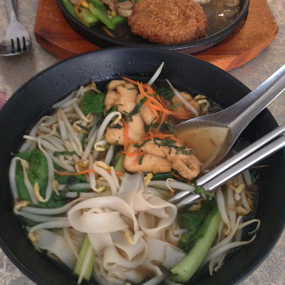 vegan phnom penh cambodia