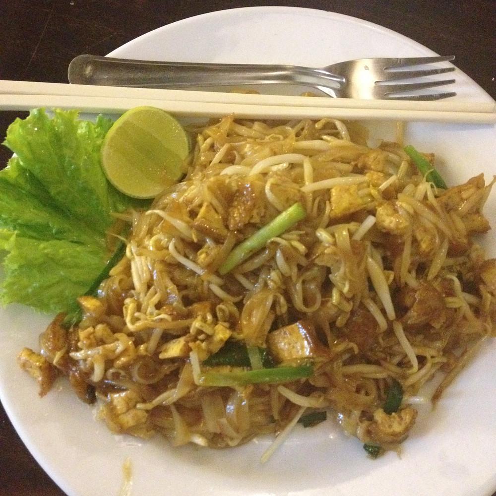 vegan koh phi phi pad thai vegetarian irish pub