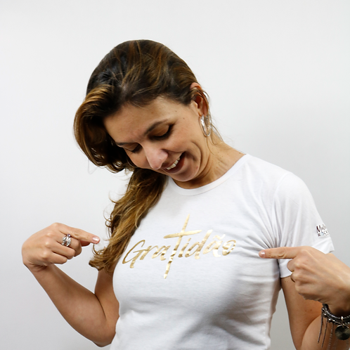 Camiseta Gratidão Branca e Dourado