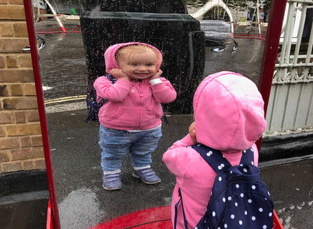 Who's that baby in the mirror? When babies recognize their own reflections, and what it means fo
