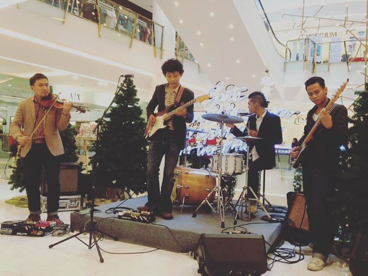 'The Vintagers' Rock at Emporium!!! #bluesband