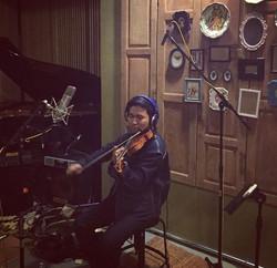 อัดเพลงอัลบั้มใหม่ให้พี่ _sunny_rattana คร้าบผม เพลงเพราะมว้ากกก 😂😂😂