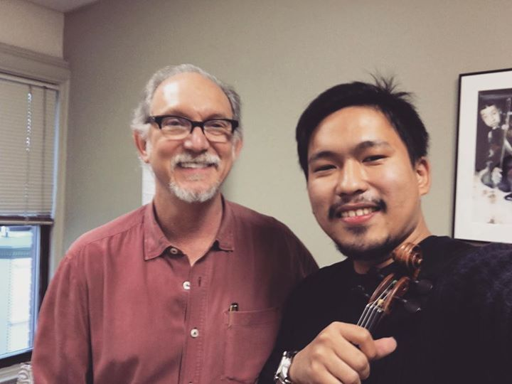 Thank you 'Bruce Molsky' for great lesson !! He is the great one on Old fashion fiddle style!! And h