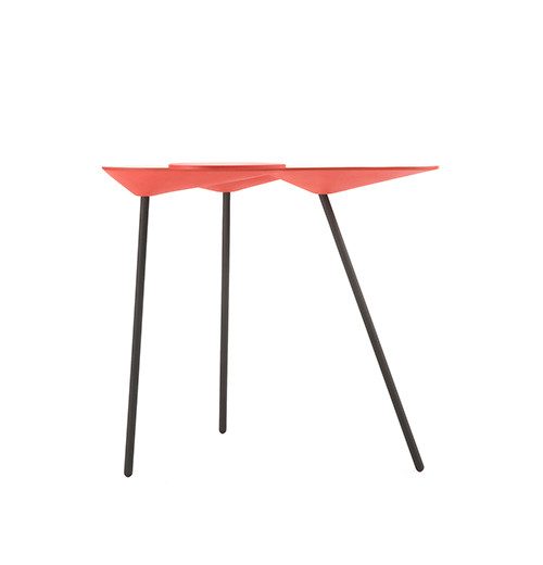 MANTIS  /  SIDE TABLE