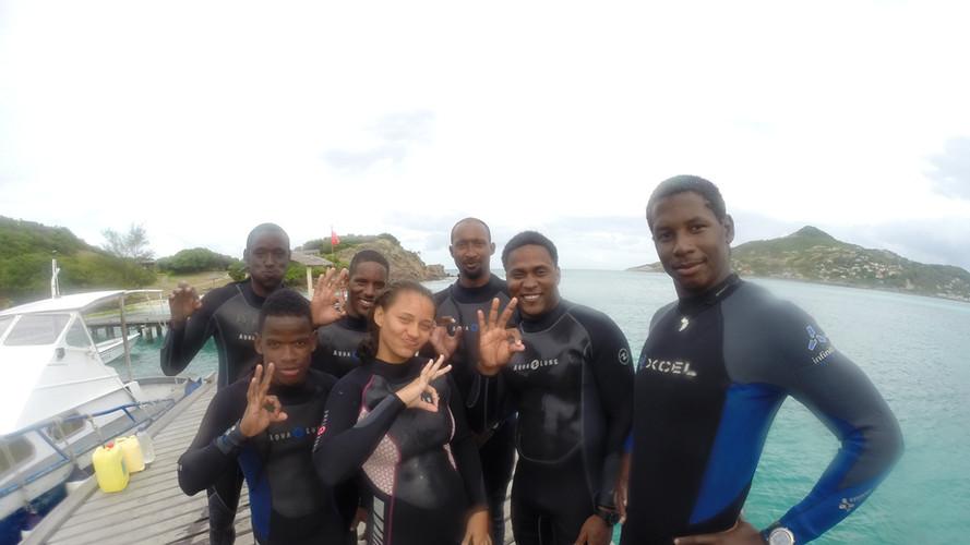 Elkhorn Divers coral restoration team