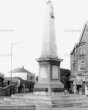 westbury-on-trym-the-war-memorial-c1960_
