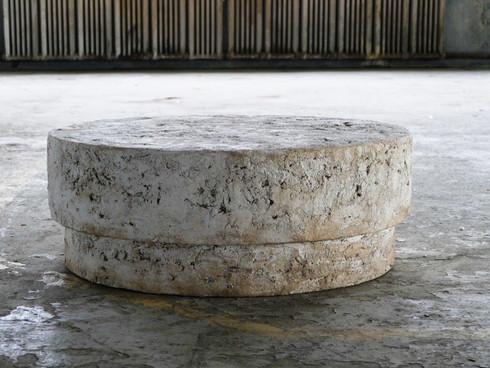 Pierre Talus Table