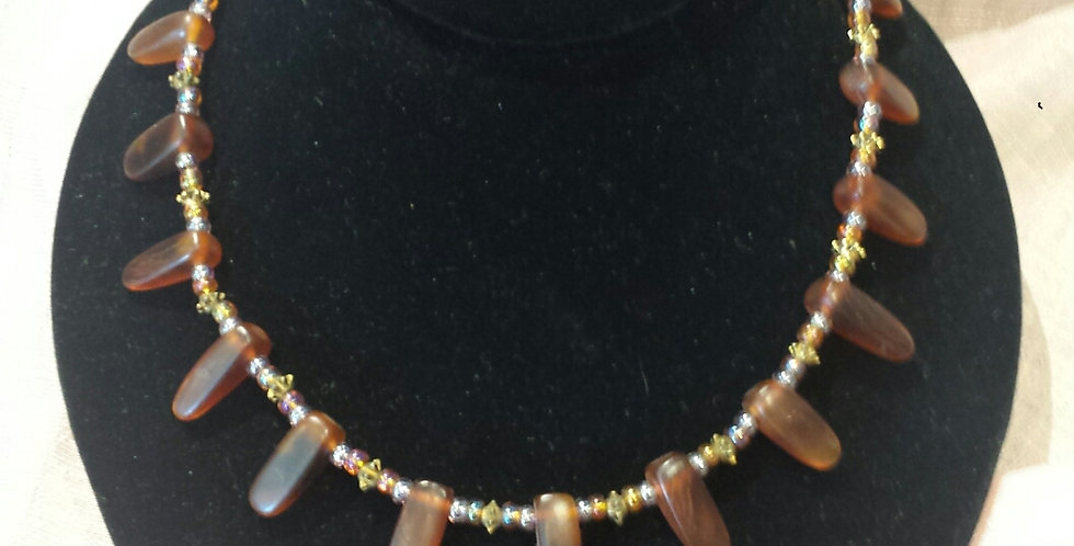 LONNIE LOVNESS HONEY NECKLACE