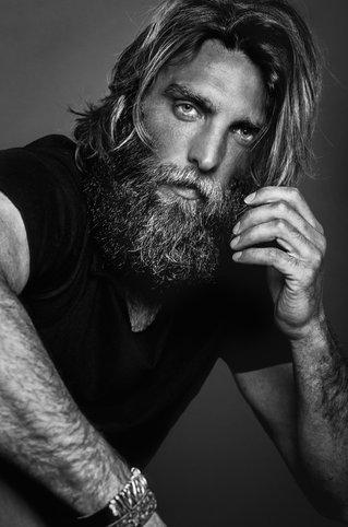 Gonzalo Villalba - Actor y Modelo
