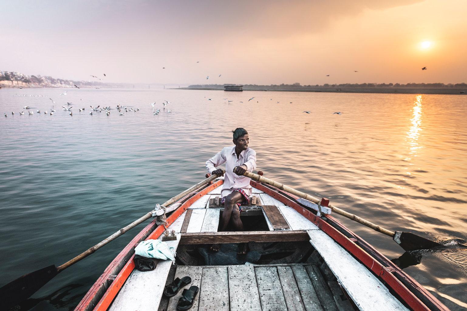 En aguas del Ganges, Varanasi. India