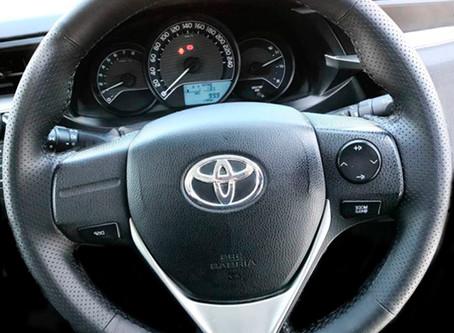 """Новая оплётка от """"Кожа Рулит!"""" на Toyota Corolla XI (2012-н.в.), Toyota RAV 4 IV (2013-н.в"""