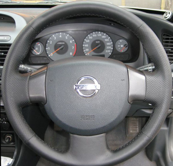 оплётка на руль Nissan Almera Classic I