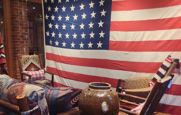 American Flag2_edited.jpg