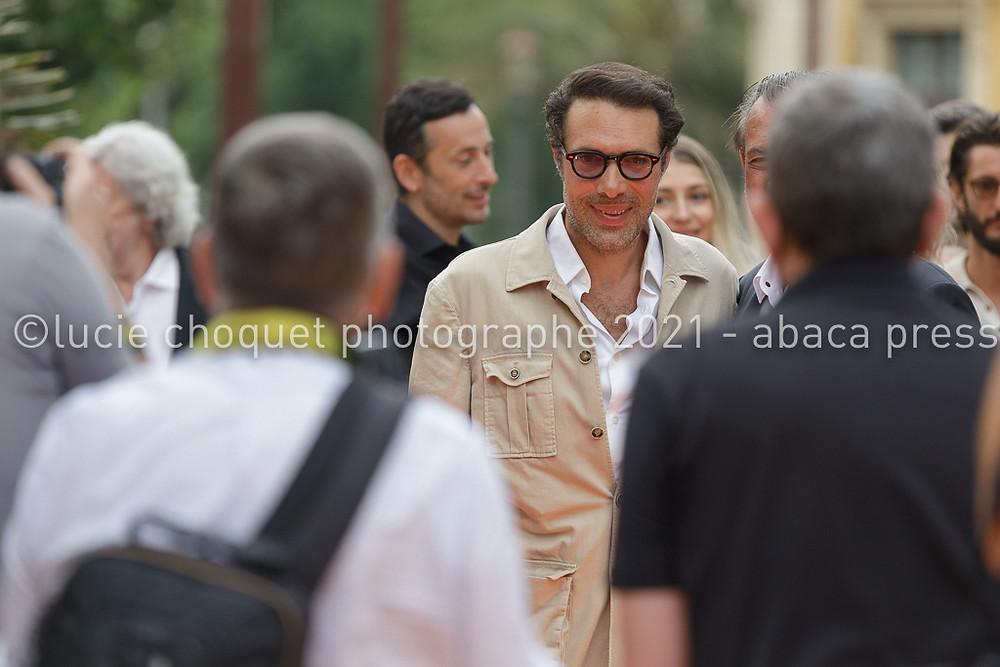 Nicolas Bedos sur le tapis rouge de l'avant-première du film La Boite Noire