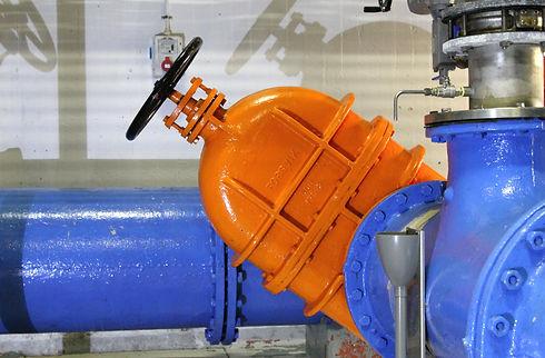 ACQUEDOTTO - Tubi in polietilene (PEAD), Raccordi e pezzi speciali elettrici, meccanici e di testa per PEAD, tubi  in PVC-U e in PVC-A; Tubi in acciaio e raccordi di ghisa malleabile ; Tubi e raccordi in GS ; Valvole : sarascinesche in GS, farfalle, filtri, clapet, riduttori di pressione, sfiati,etc...