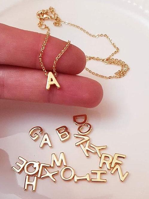 Ketting met letter in 14k goud