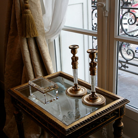 Paris - Crystal Box And Bijouterie Table