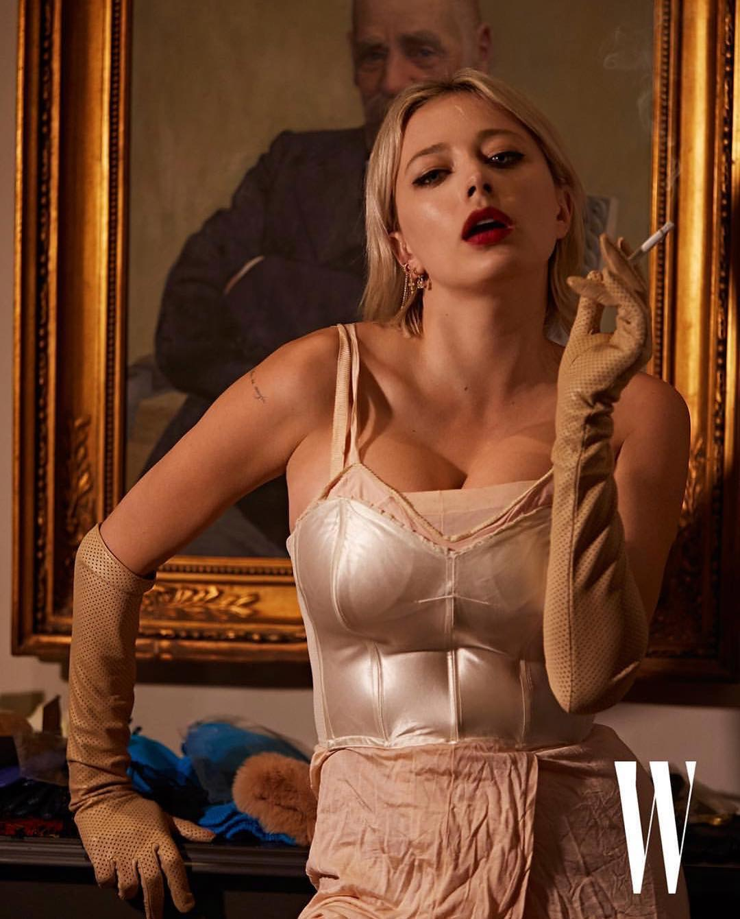 Caroline Vreeland for W
