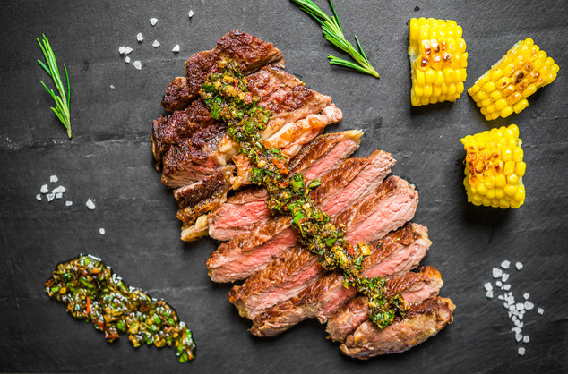 和牛肉眼扒配阿根廷青醬