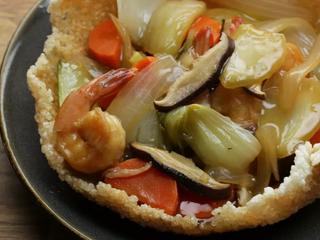 Edible Sizzling Rice Bowl