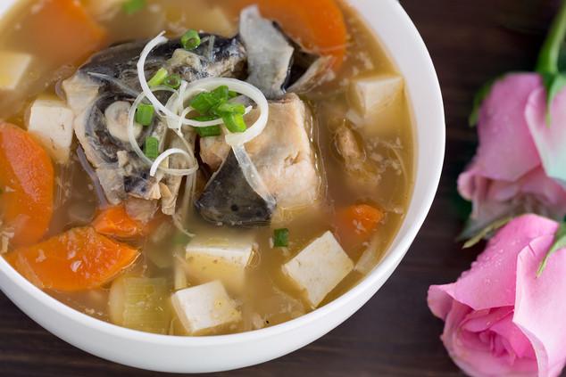 三文魚頭麵豉湯(配麵)