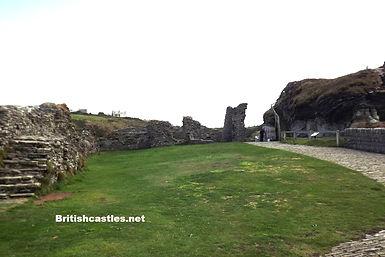 руины среденевекового замка Тинтаджел