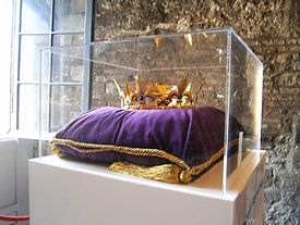 Королевские сокровища хранятся в Лондонском Тауэре