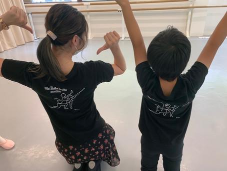 #281お揃いだね!創立10周年アキバレエスタジオ オリジナルTシャツ。