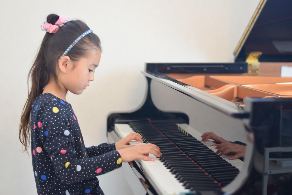 音楽が学べる幼稚園・保育園・学童へ!送迎負担がない『出張ピアノレッスンシステム』スタートクリエーション