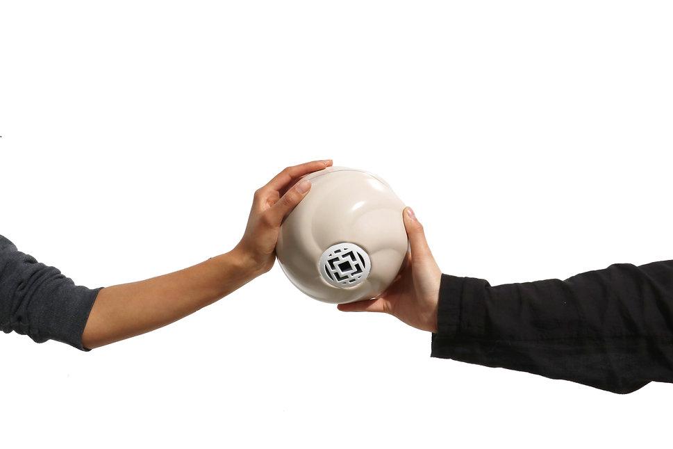 holding ball2.jpg