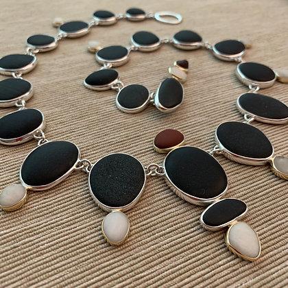 Victoria's Ocean Jewel :: Beach Stone Neck Piece