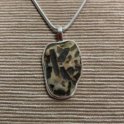 Confetti :: Medium Stone Pendant
