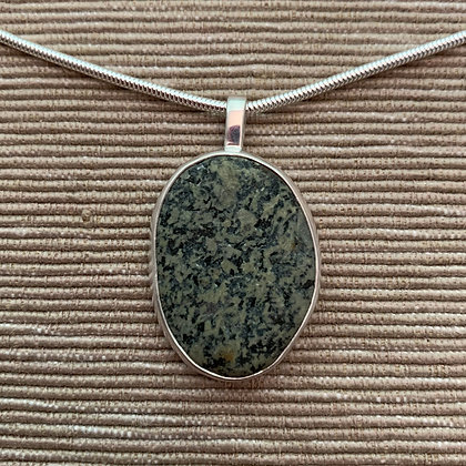 Green With Black Sparkle :: Medium Stone Pendant