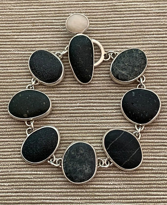Bright Light on a Dark Night :: Beach Stone Bracelet