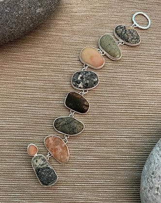Blushing Stones :: Beach Stone Bracelet
