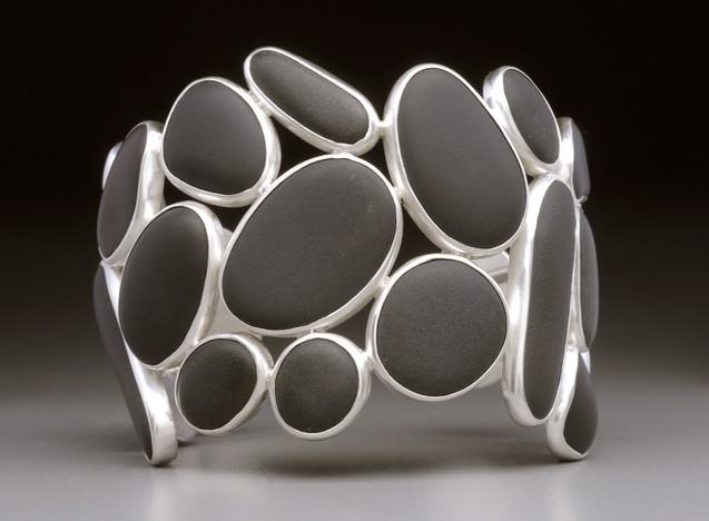 basalt wave cuff