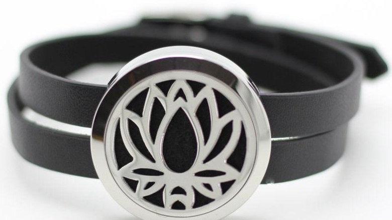 Lotus Bracelet - LE Essentials Pairs