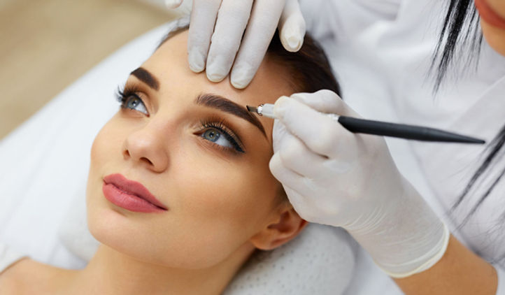 Microblading-Training-Course-Page-Image1